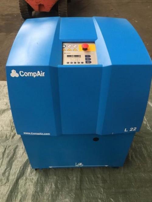 Винтовой компрессор б/у COMPAIR L22